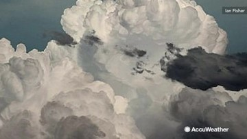 The sky is the limit for artist blending hyperrealism and abstraction in the same painting