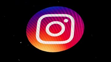 Instagram users lose thousands of followers in seconds