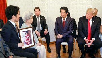 Trump meets with families of Japanese abducted by N. Korea