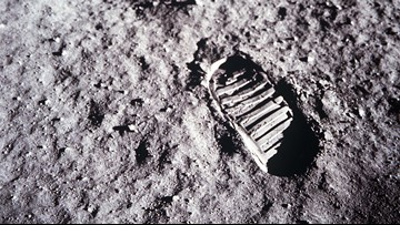 11 interesting facts about Apollo 11 you may not know