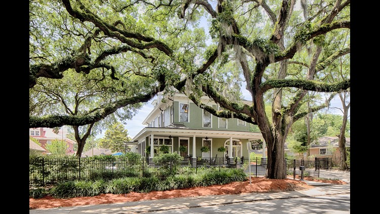 Dream Homes: Five Tempting Homes For Sale In Savannah