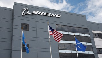 Boeing orders and deliveries fall further behind Airbus