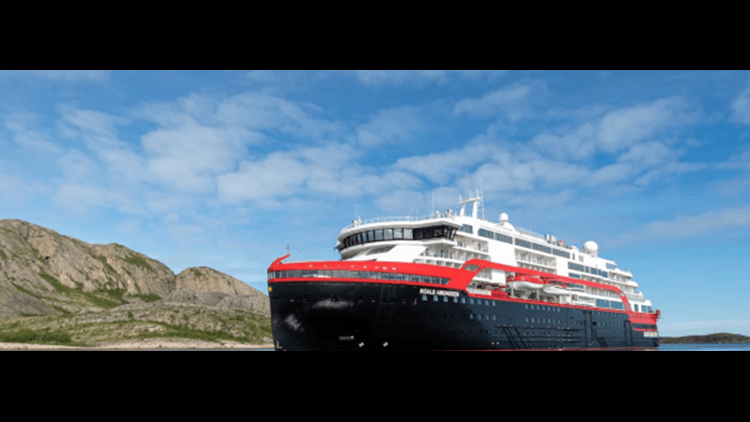 Photo of MS Roald Amundsen courtesy of Hurtigruten.