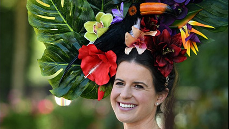 ASCOT, UNITED KINGDOM - JUNE 21: A racegoer attends the third day of Royal Ascot on June 21, 2018 in Ascot, England. (Photo by Anwar Hussein/WireImage)