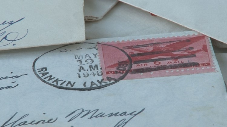 'They're priceless' | Nearly a dozen World War II love letters found in a Sevierville knife store