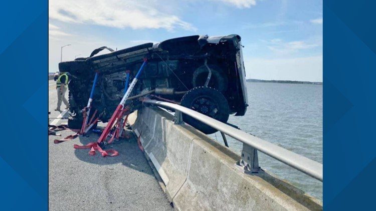 Boaters rescue man who jumped off Marlyland bridge to save baby
