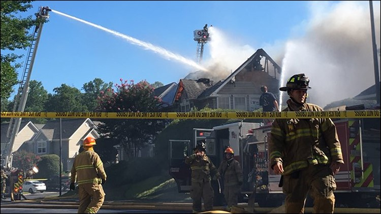 Woman killed after helicopter crashes into condominiums in Williamsburg