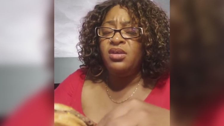 Woman from Virginia Beach removes wig, gets comfortable to enjoy McDonald's burger