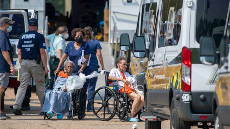 4 dead after 850 nursing home residents packed into warehouse for Ida