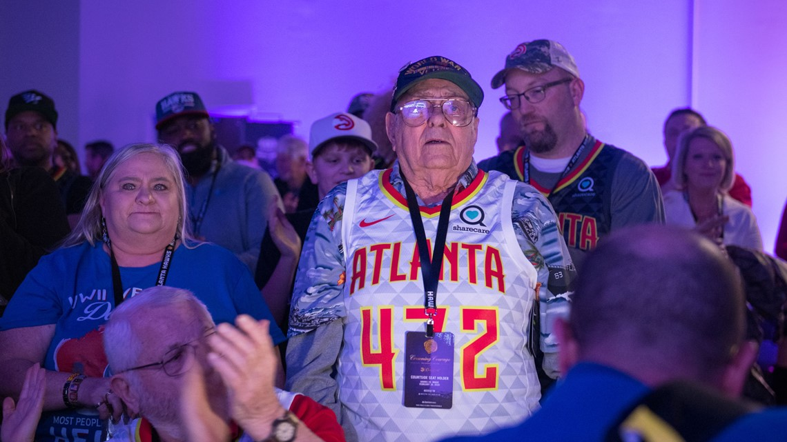 'The real heroes of this country' | Military members honored with courtside seat at Atlanta Hawks game