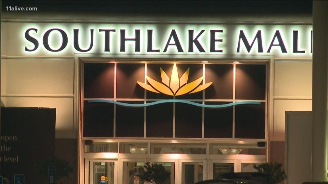 Accidental gunfire leads to injuries at metro Atlanta mall