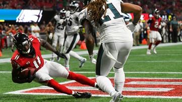 Julio Jones scores late TD, leads Falcons past Eagles 24-20
