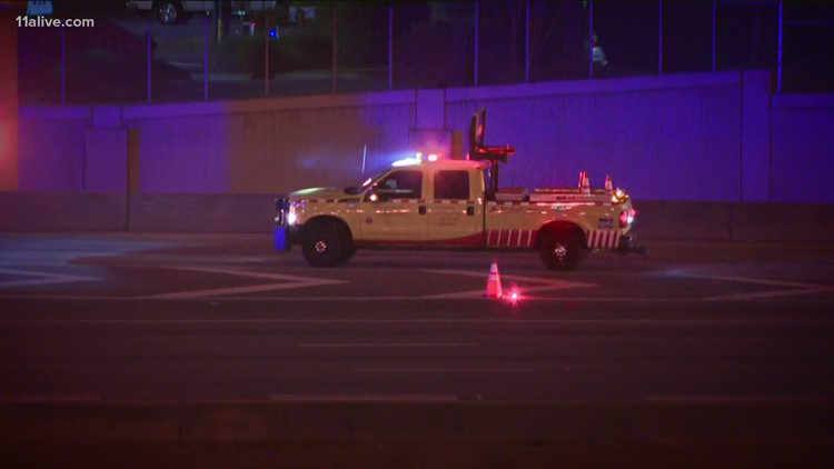 Man killed after running onto Downtown Connector in Atlanta, police say