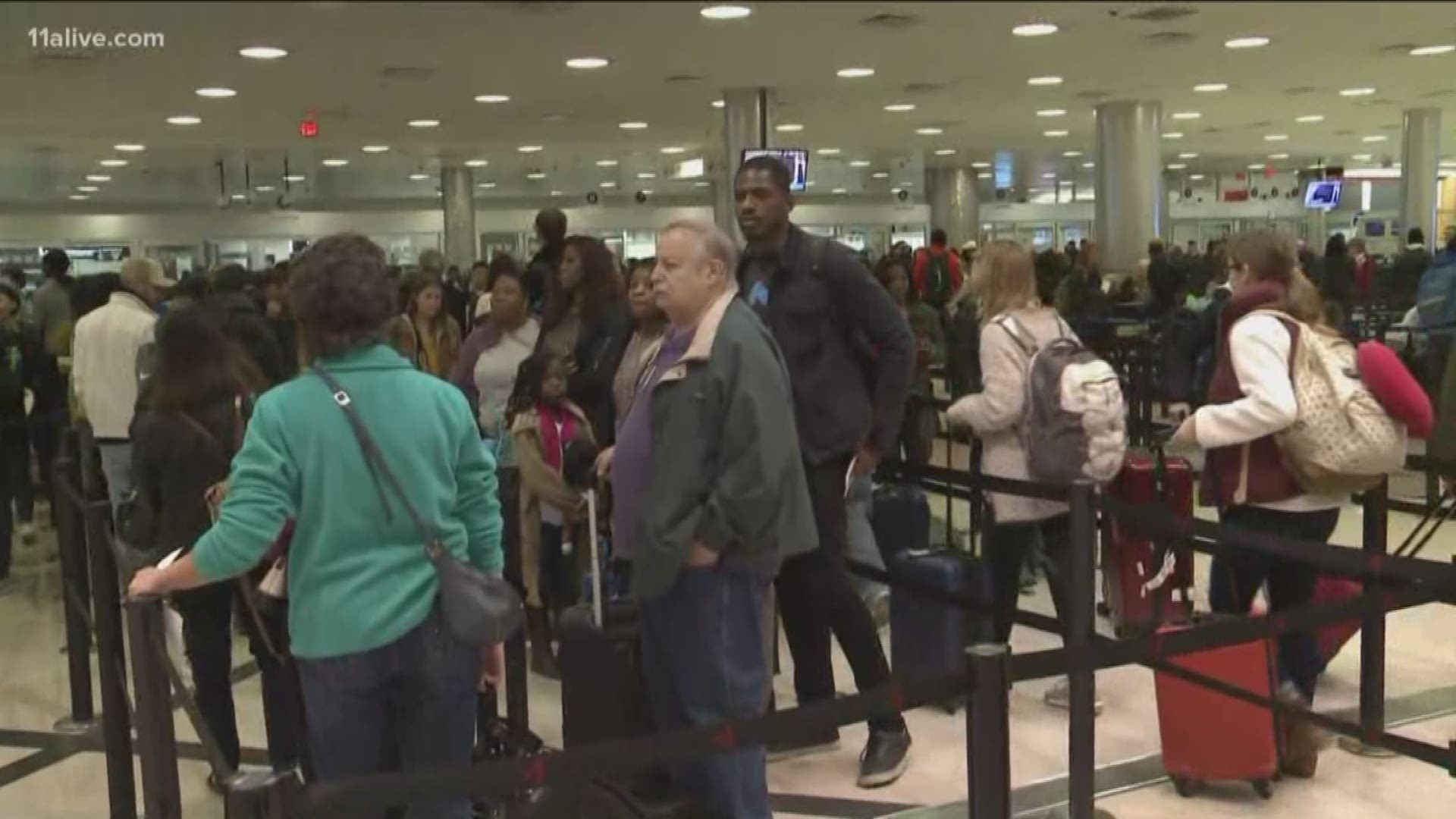 People Pack Atlanta Airport For Thanksgiving Travel Plans 11alive Com