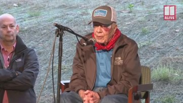 Jimmy Carter shakes off fall, leads Habitat for Humanity event
