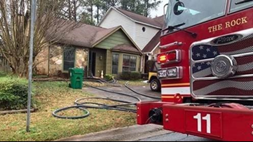Woman dies after she was rescued from Stone Mountain house fire
