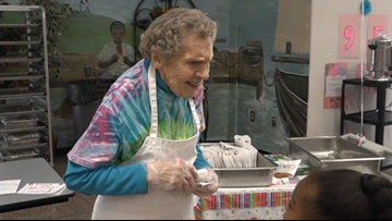 Gwinnett cafeteria worker celebrates 95th birthday with her students