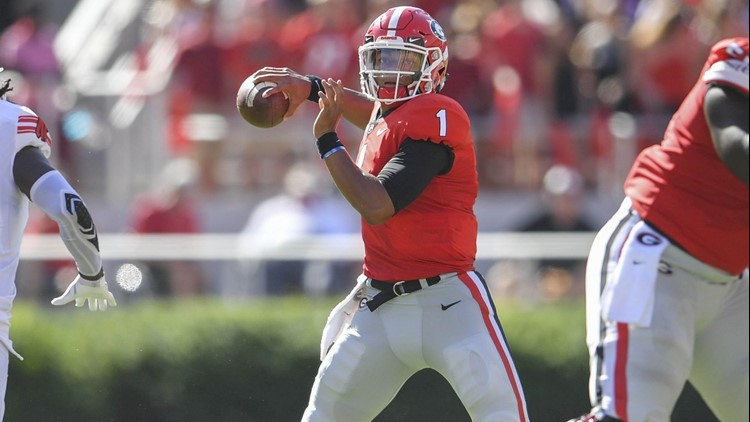 Justin Fields plays starring role in UGA's blowout win over UMass