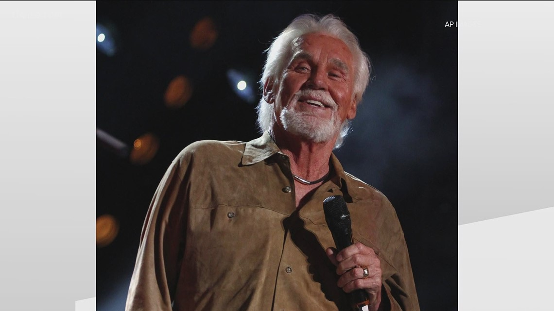 Country legend Kenny Rogers to be buried at Oakland Cemetery