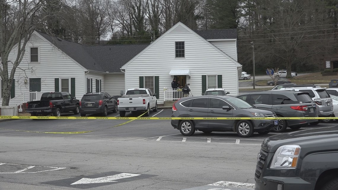 Suspect killed in police shooting at dermatology clinic in