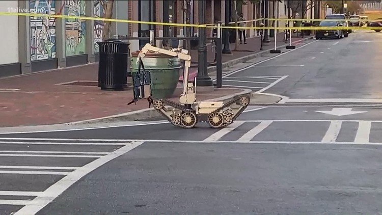Suspicious package found in same area where heavily-armed man walked into Atlanta Publix deemed no threat