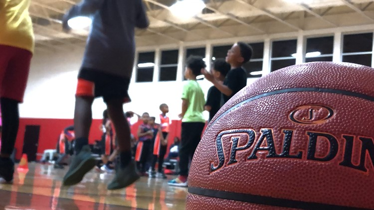 College Park Skyhawks team up for youth basketball clinic in East Point