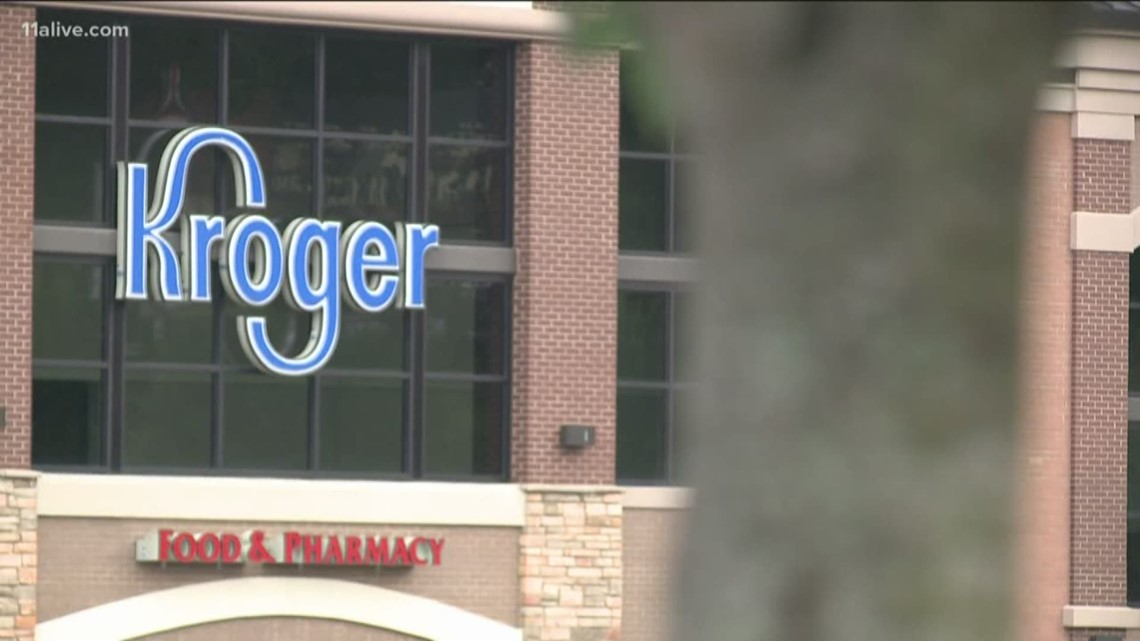 Kroger asks customers not to openly carry guns in stores