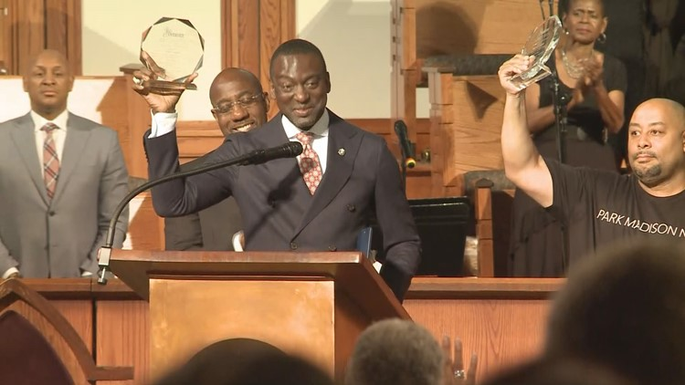Central Park 5 honored with Freedom Fighter Award at End Mass Incarceration event
