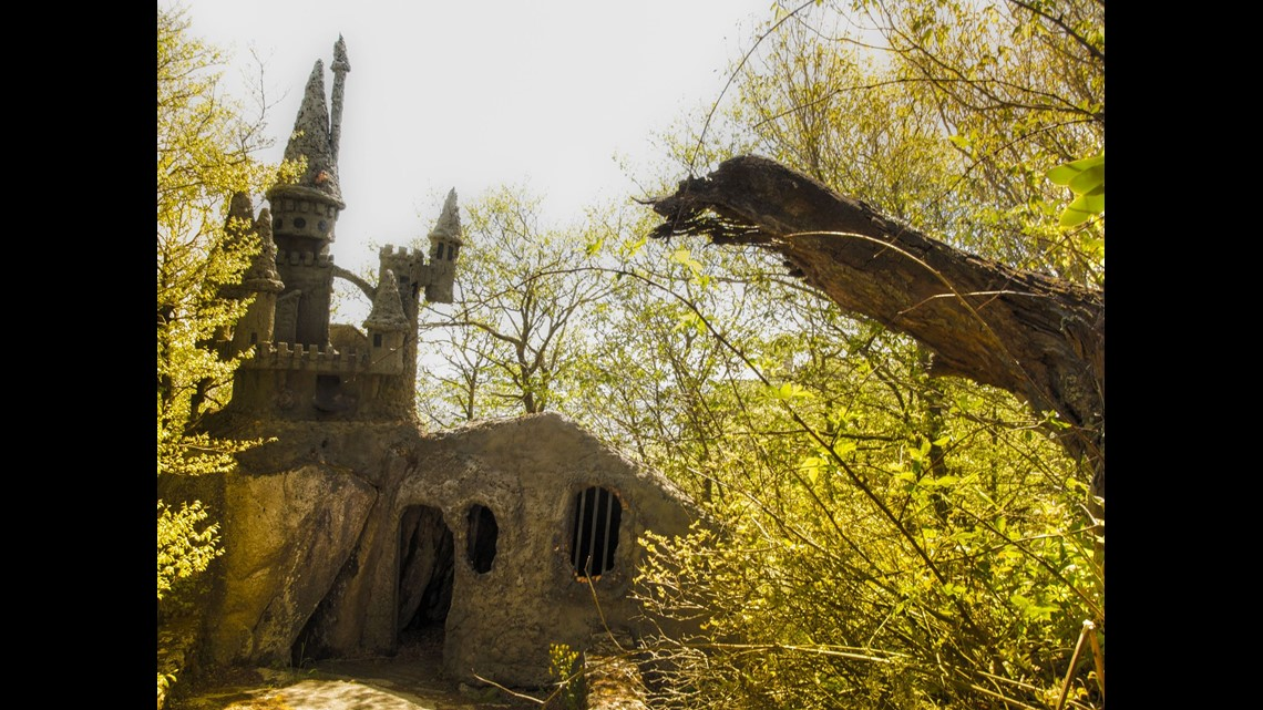 Photos Abandoned Land Of Oz Theme Park In N C 11alive Com
