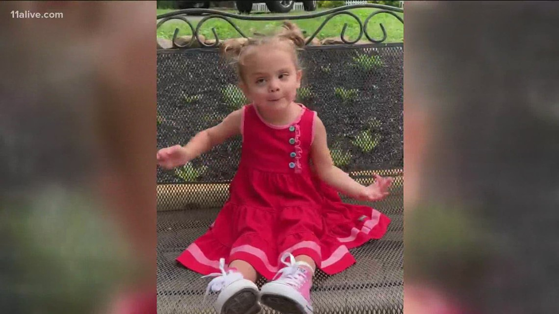 Little girl with rare disease reminds us all how much it means to hear from friends