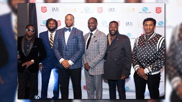 NFL Alumni hit the red carpet | The Player's Alumni Gala at the OAK