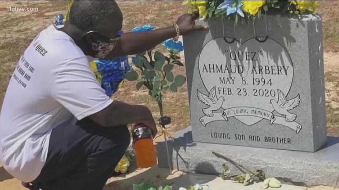 Jury selection begins in death of Ahmaud Arbery trial