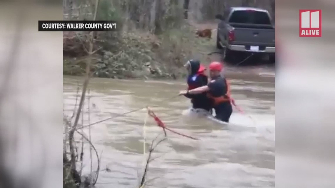 Firefighters rescue hikers from rising creek in Chattahoochee National Forest