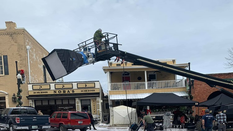 SET LIFE | 'Jumanji 2' starring Dwayne Johnson, Kevin Hart begins filming in Newnan