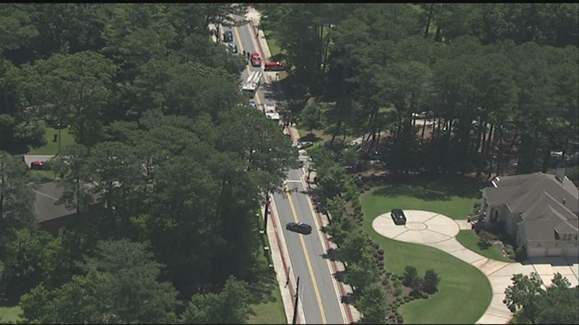 1 killed in deadly accident in Southwest Atlanta, police say