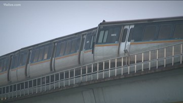 Crane to be used to lift derailed MARTA train