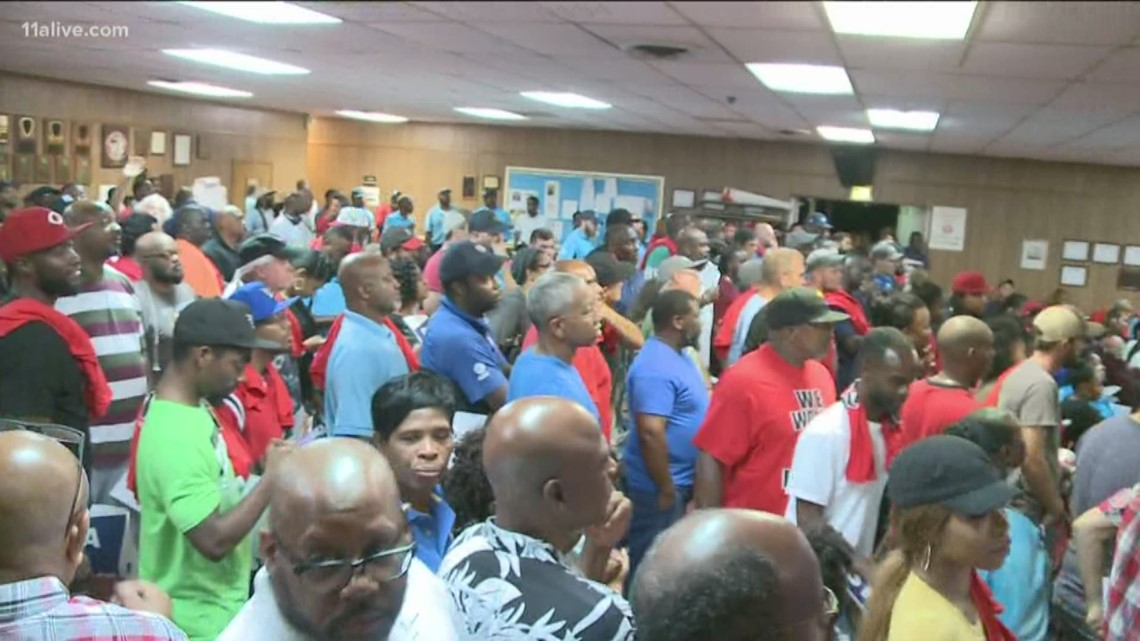 AT&T workers across Southeast, including Georgia, threaten to strike at midnight