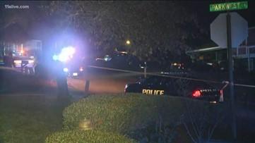 4 people dead in apparent triple murder-suicide