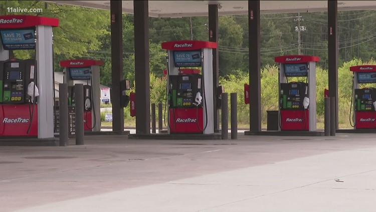 Gas stations begin to close as gasoline runs out