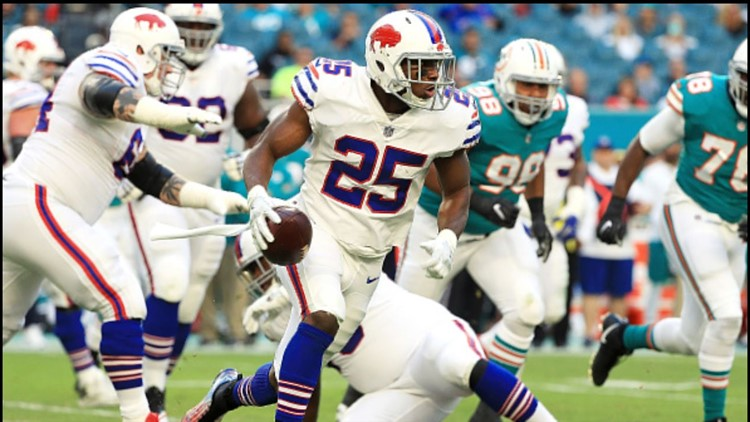 LeSean McCoy #25 of the Buffalo Bills rushes during the second quarter against the Miami Dolphins at Hard Rock Stadium on December 31, 2017 in Miami Gardens, Florida.
