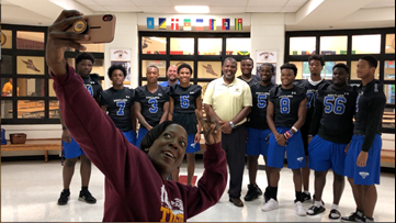 Westlake varsity football team pays it forward to elementary school