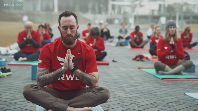 Veterans across the country connect through yoga
