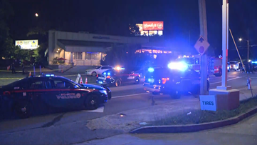 1 man killed, 2 others hurt in Midtown lounge shooting