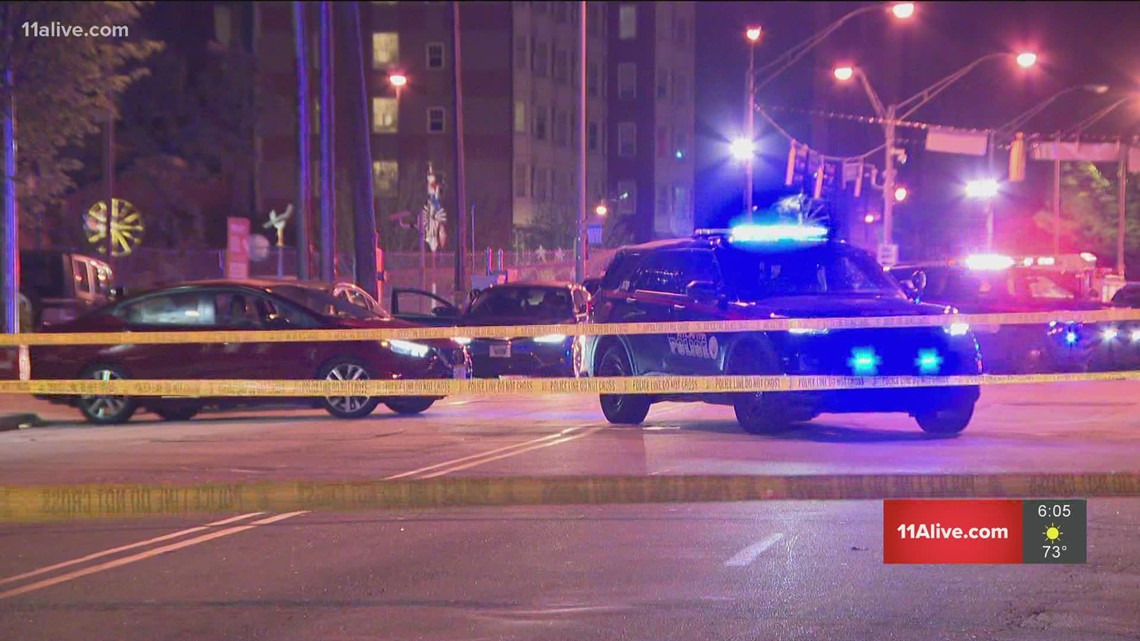 2 security guards struck in drive-by shooting outside Atlanta nightclub