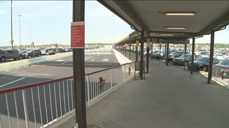 Atlanta airport, seeing signs of travel resurgence, opens new parking deck