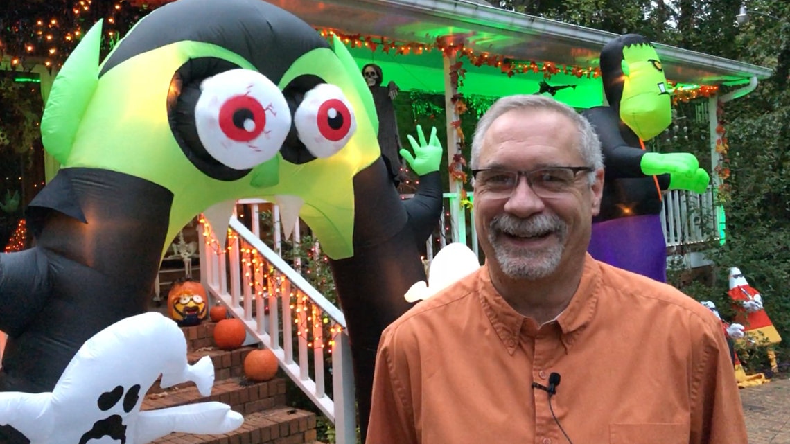 'The Semmes Speedbump'   East Point resident goes the extra mile with Halloween decorations