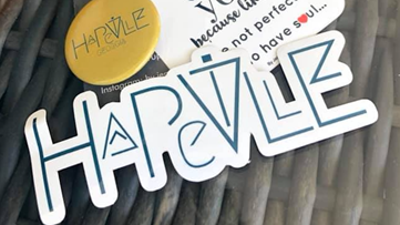 Hapeville artist leaves her stamp on the community