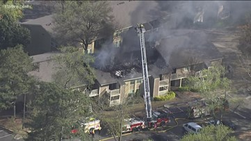 Apartment building catches fire in Norcross