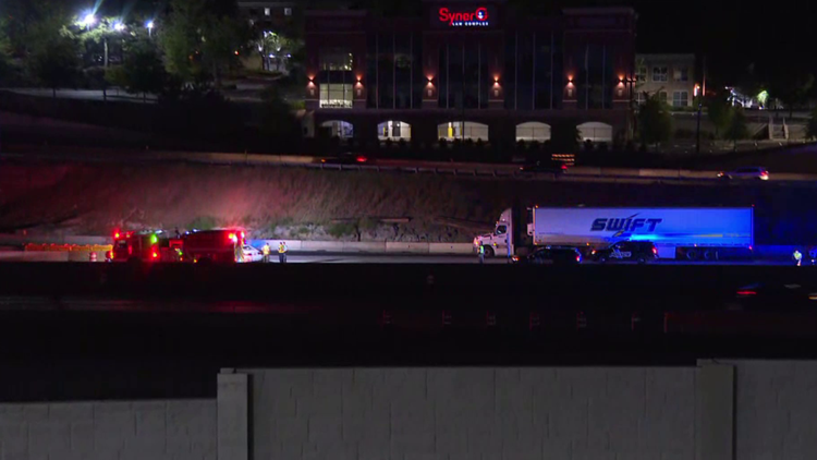 Sandy Springs officer hospitalized after accident