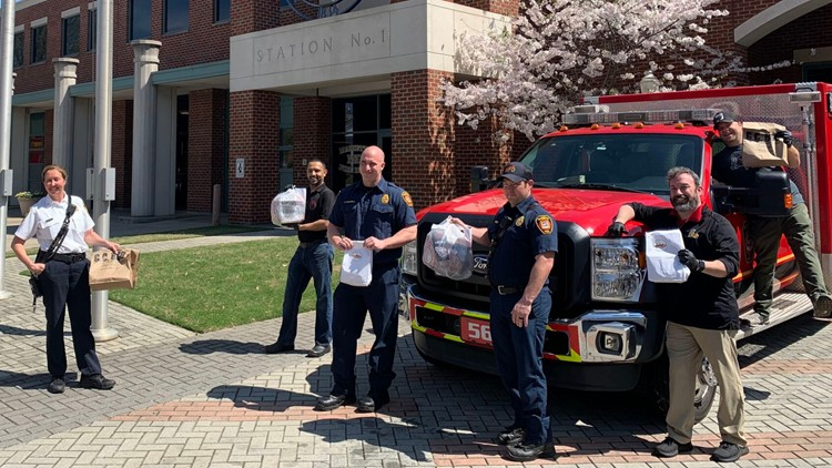100 meals delivered to first responders